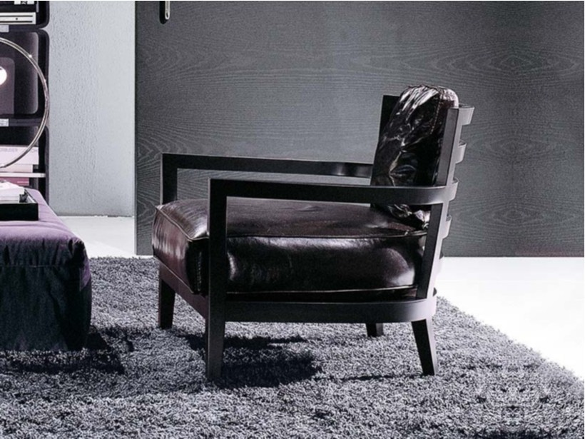 Leather armchair with armrests LOUISE | Leather armchair by Frigerio Salotti