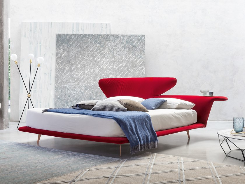 Letto matrimoniale con testiera imbottita LOVY BED by Bonaldo