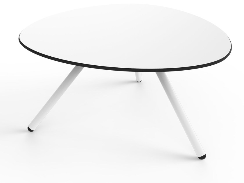 Low garden side table LOW A-LOWHA by Lonc