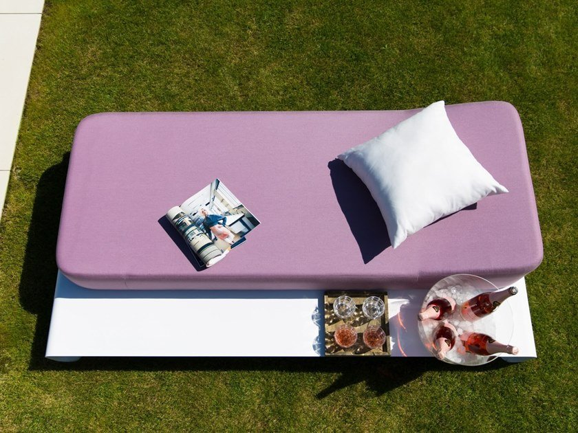 Powder coated aluminium daybed lucille by mr blue sky
