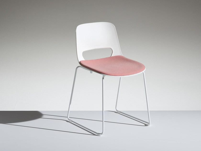 Sled base polypropylene chair LUCKY   Sled base chair by LAMM