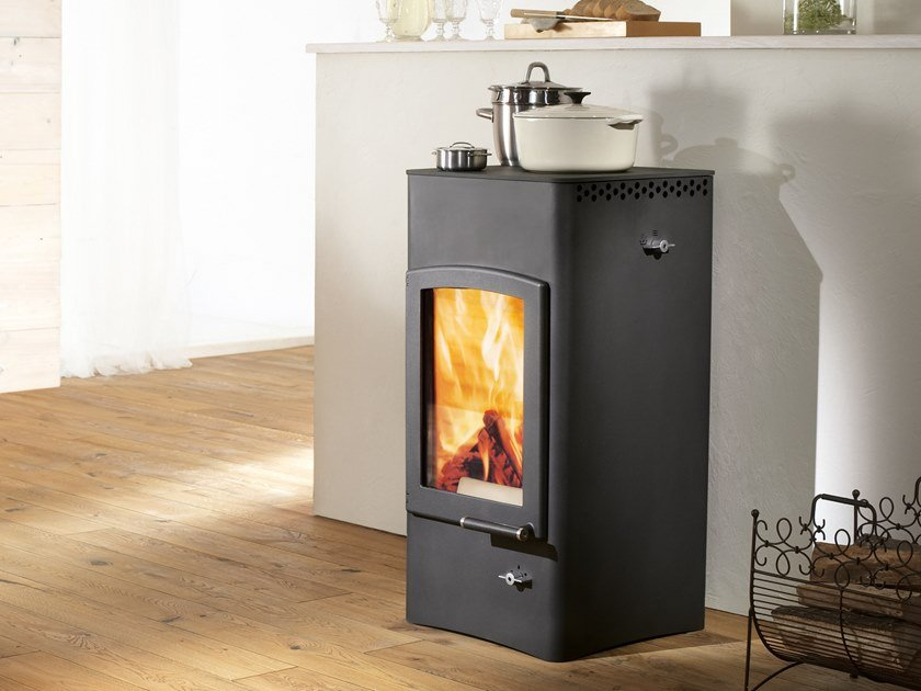 Wood-burning stove with Food Warmer LUCY COOK by Austroflamm