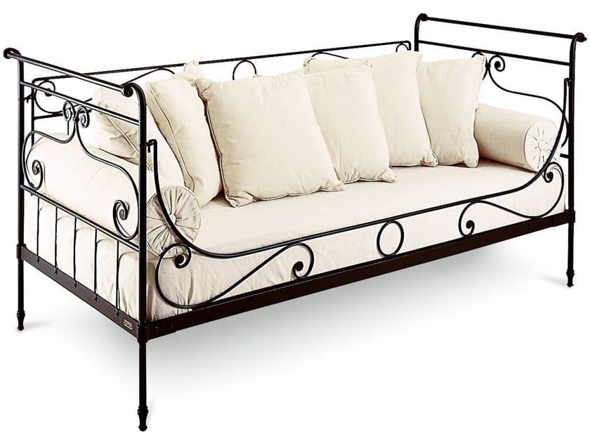 Iron sofa LUIGI FILIPPO | Sofa by Cantori