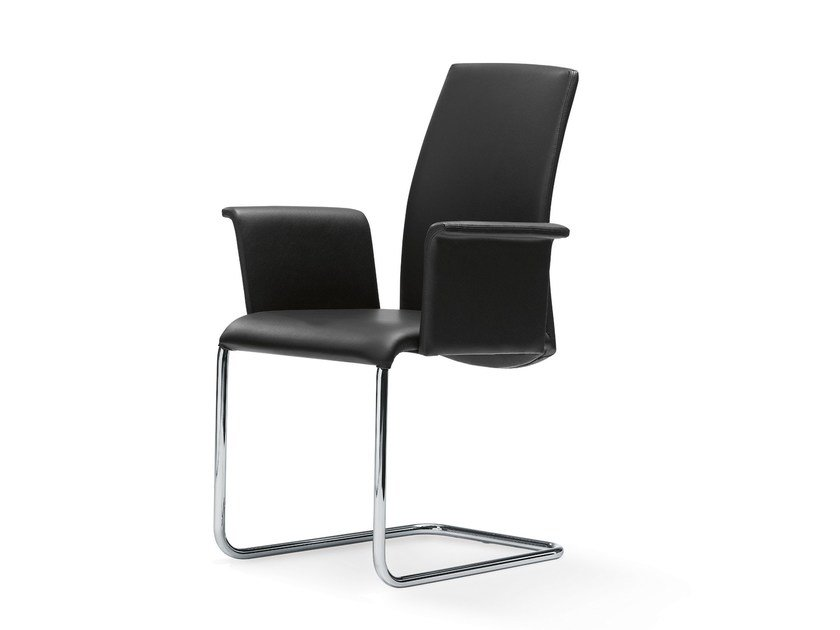 Chair with armrests LUMA | Chair with armrests by Draenert