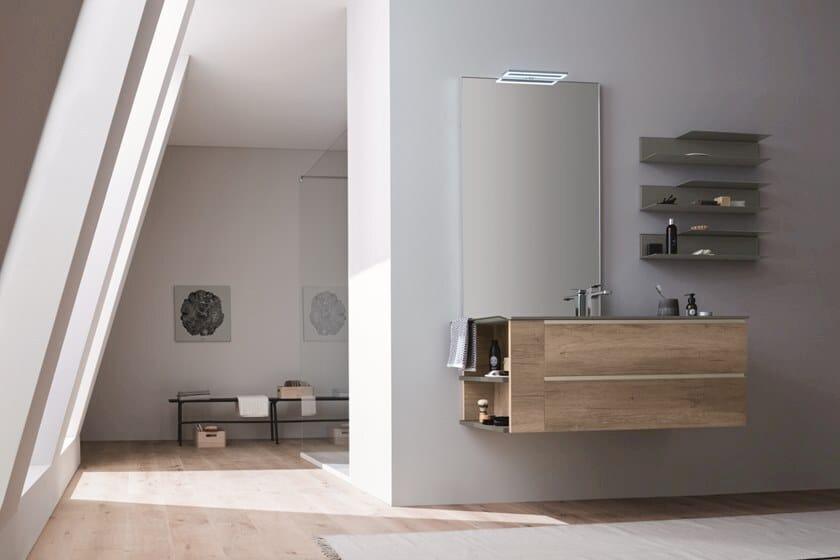 Specchio rettangolare con illuminazione integrata da parete