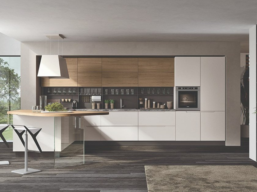 Lacquered wooden kitchen with peninsula LUNA | Kitchen with peninsula by Cucine Lube