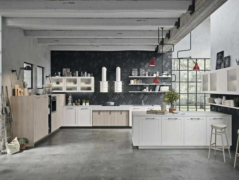 LUX CLASSIC | Kitchen with peninsula By Snaidero design Pietro Arosio