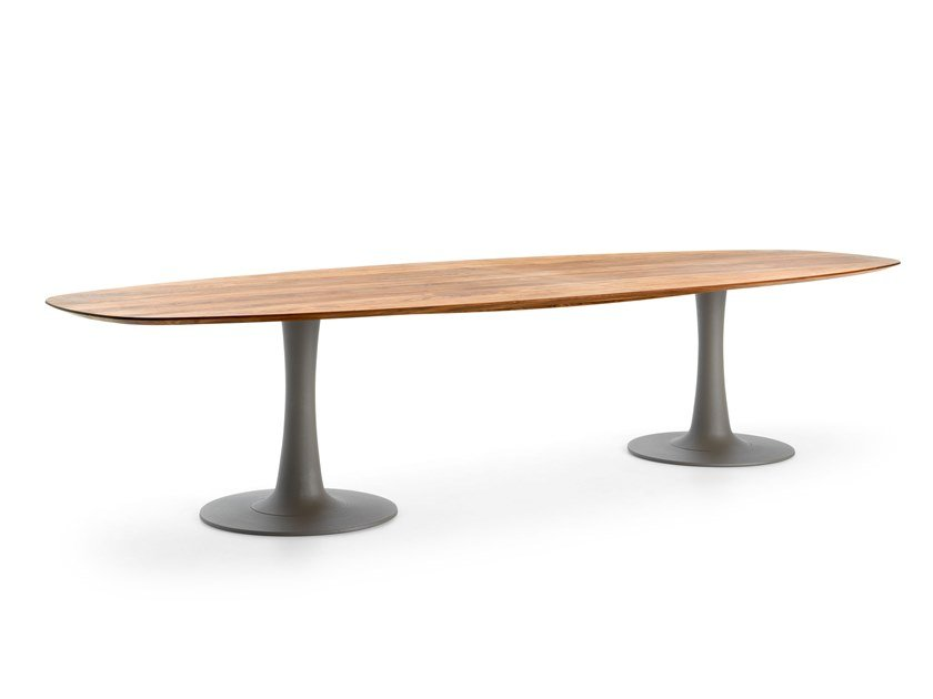Oval wooden table LX627 by LEOLUX LX