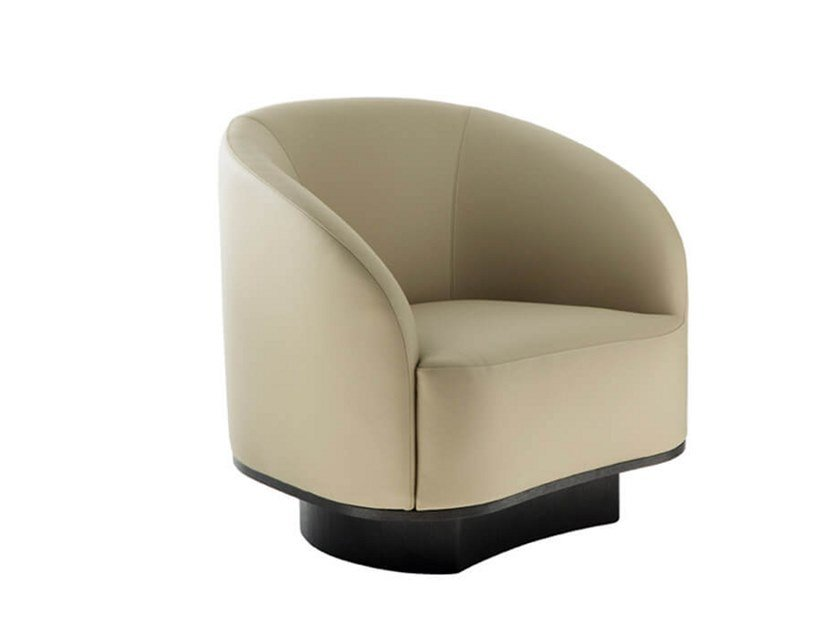 Fabric armchair with armrests M   Armchair by HC28