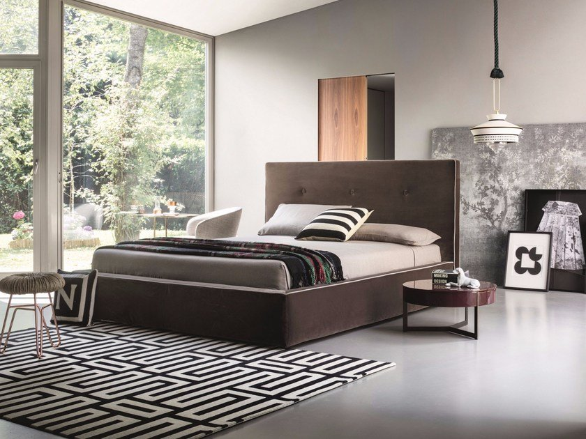 Fabric double bed MADAMA by Lema