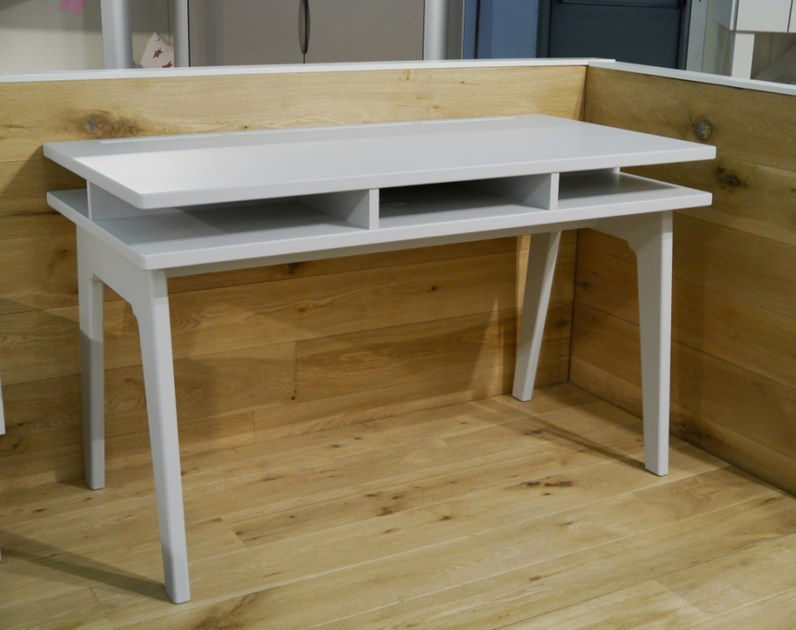 Lacquered rectangular MDF Kids writing desk MADAVIN | Kids writing desk by Mathy by Bols