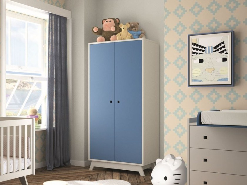 Lacquered wooden wardrobe MADAVIN | Wardrobe by Mathy by Bols