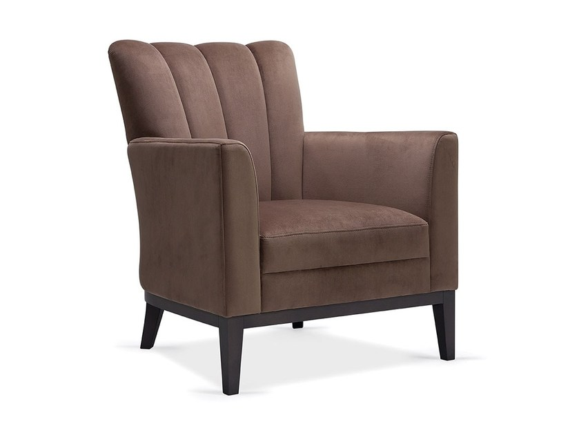 Upholstered armchair with armrests MADI | Armchair by Fenabel