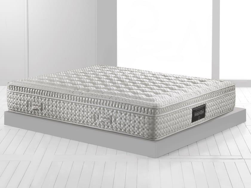 Thermoregulator breathable mattress MAESTRO DUAL 14 by Magniflex