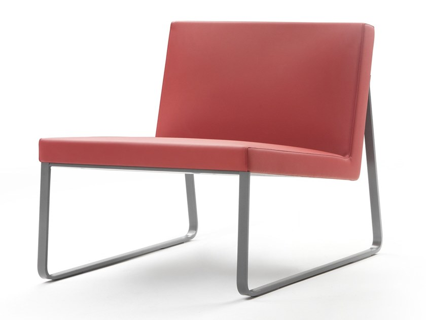 Sled base leather easy chair MAGGY by Marelli