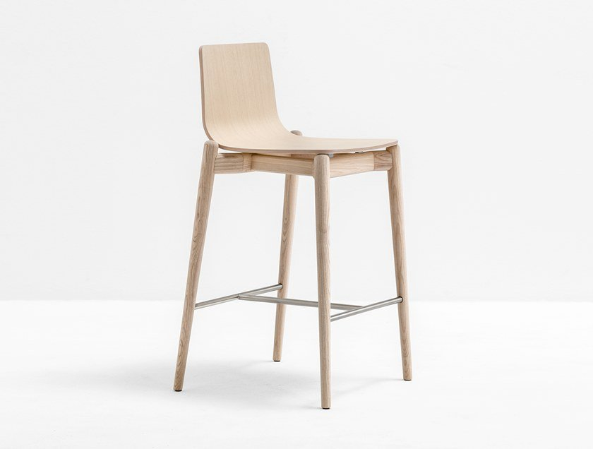 High wooden stool with footrest MALMÖ 236 | Stool by Pedrali