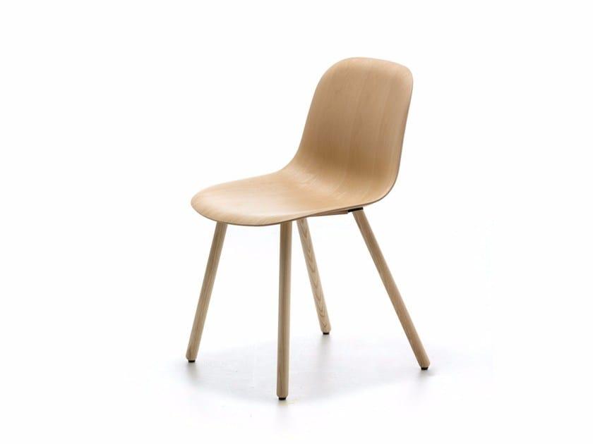 Ash chair MÁNI WOOD 4WL by arrmet