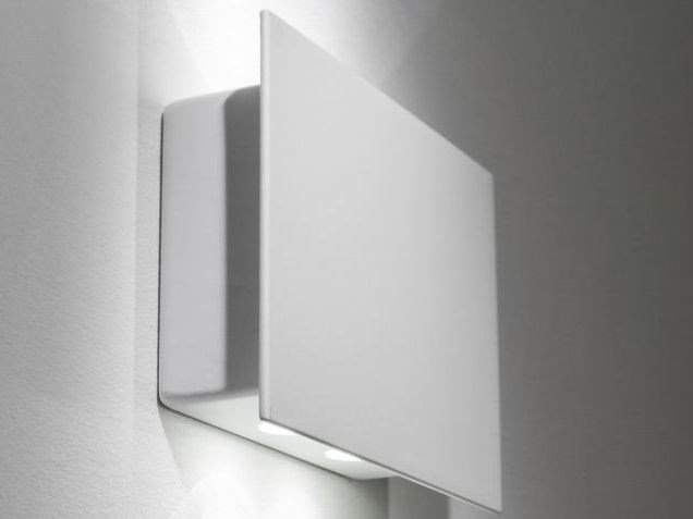 LED metal wall lamp MANINE | Direct-indirect light wall light by LUCIFERO'S