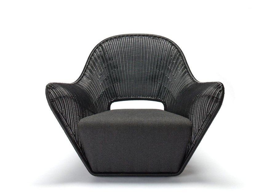 Polyethylene armchair with armrests MANTA OUTDOOR by Feelgood Designs