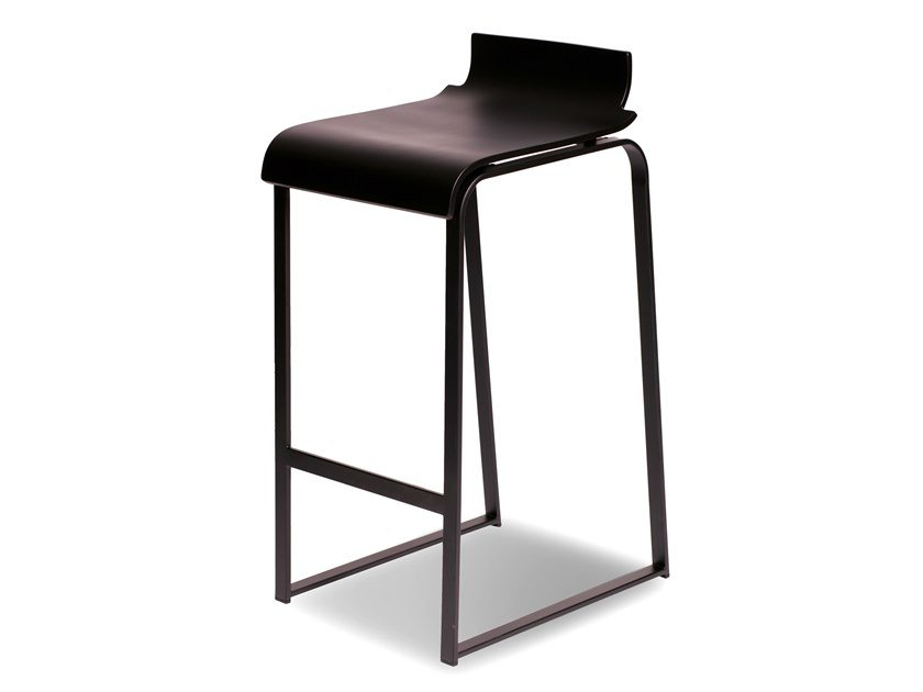 High lacquered sled base beech stool MANU 19 by Manganèse Éditions