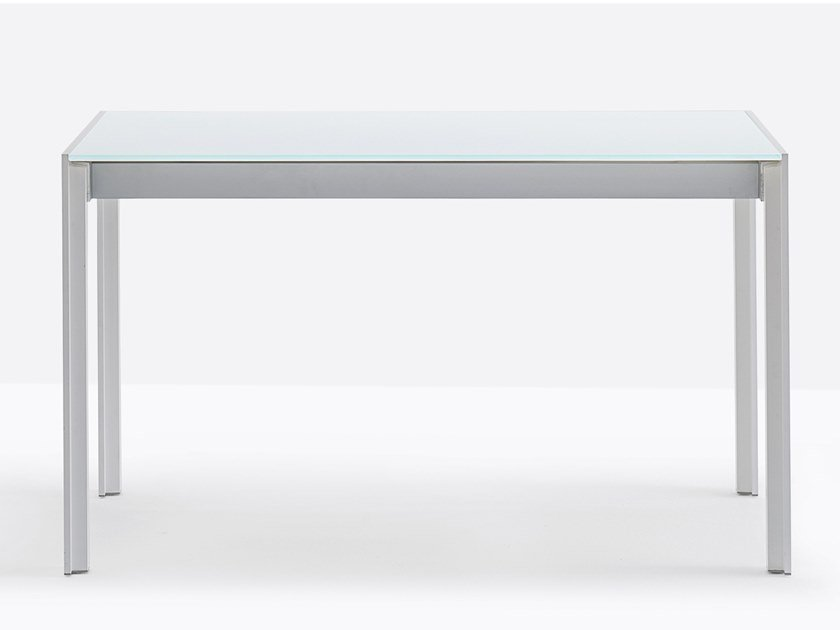 Extending table MATRIX TMA by Pedrali
