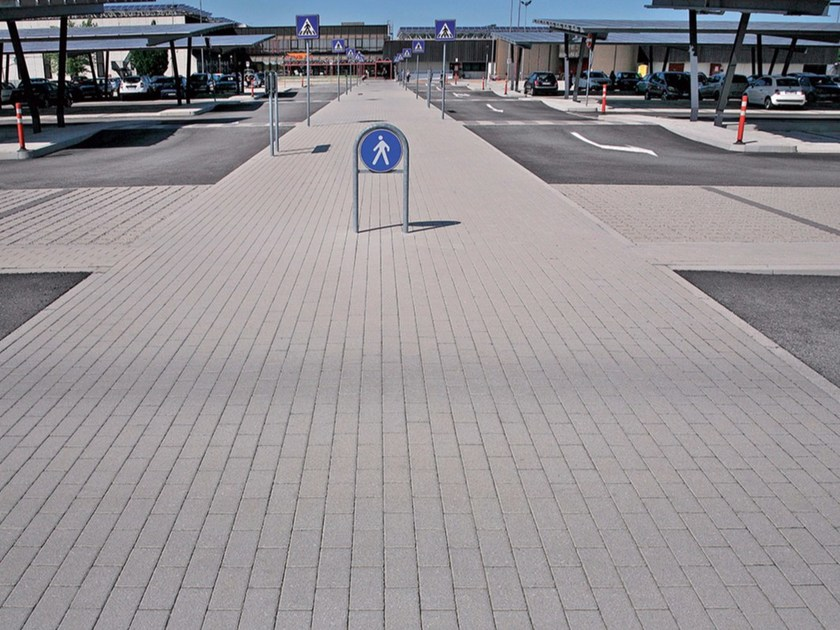 Concrete paving block MATTONE by Micheletto