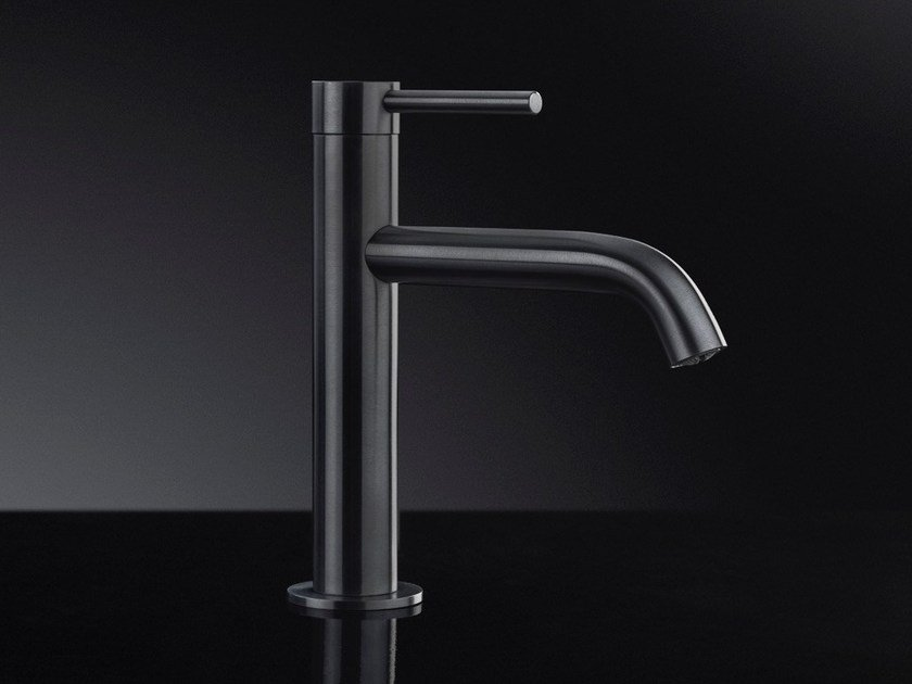Countertop stainless steel washbasin mixer with aerator MB289 | Washbasin mixer by MGS
