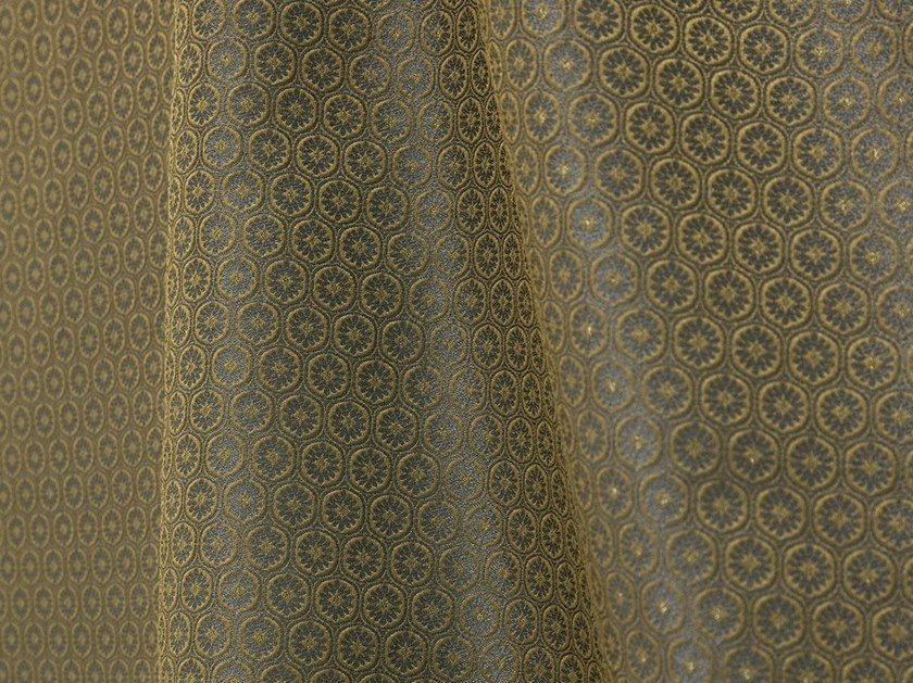 Damask jacquard fabric MEDAILLON by LELIEVRE