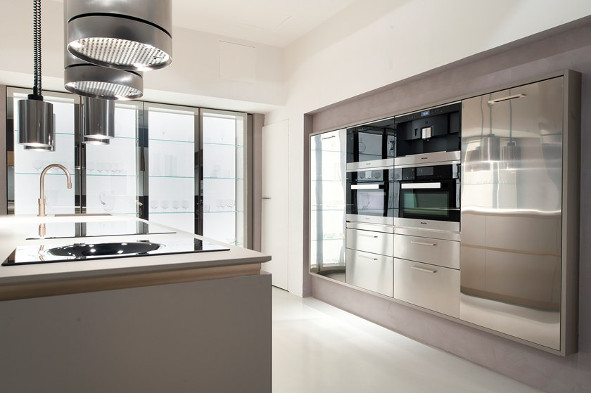Cucina componibile senza maniglie mediterraneum by scic - Cucina senza maniglie ...