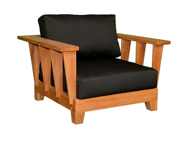 Teak garden armchair with armrests MEET YOU | Garden armchair by cbdesign