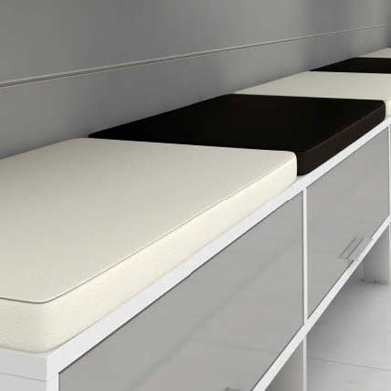 MEETING Tavolo da riunione - Particolare Il mobile basso a 1, 2 o 3 vani può essere utilizzato anche come panca adottando l'apposito cuscino