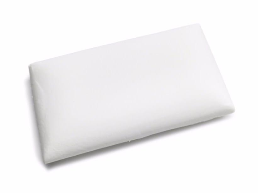 Memoform pillow MEMOFORM | Pillow by Flou