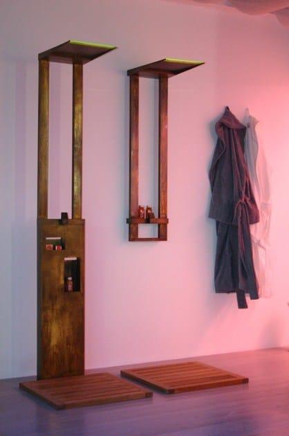 MENHIR | Colonna doccia da terra