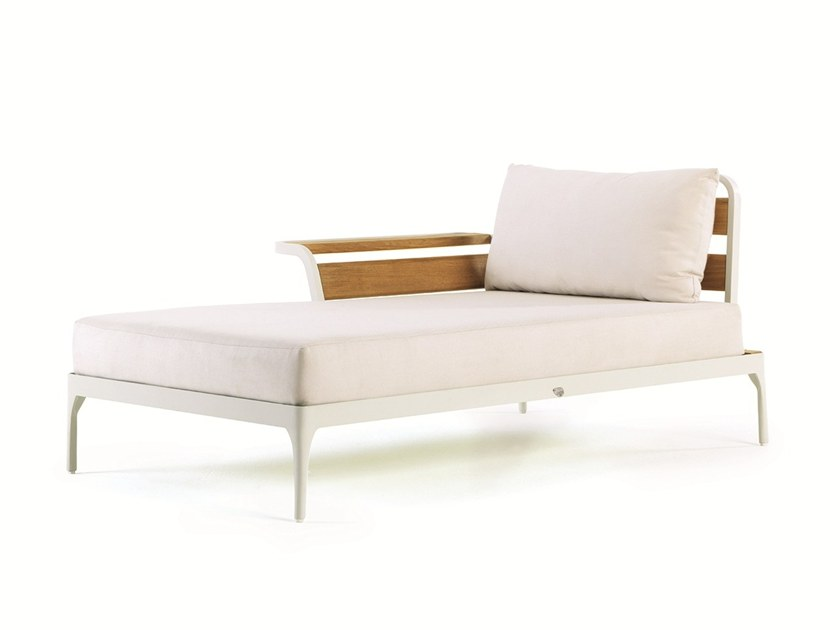 Upholstered garden daybed with armrests MERIDIEN | Garden daybed by Ethimo