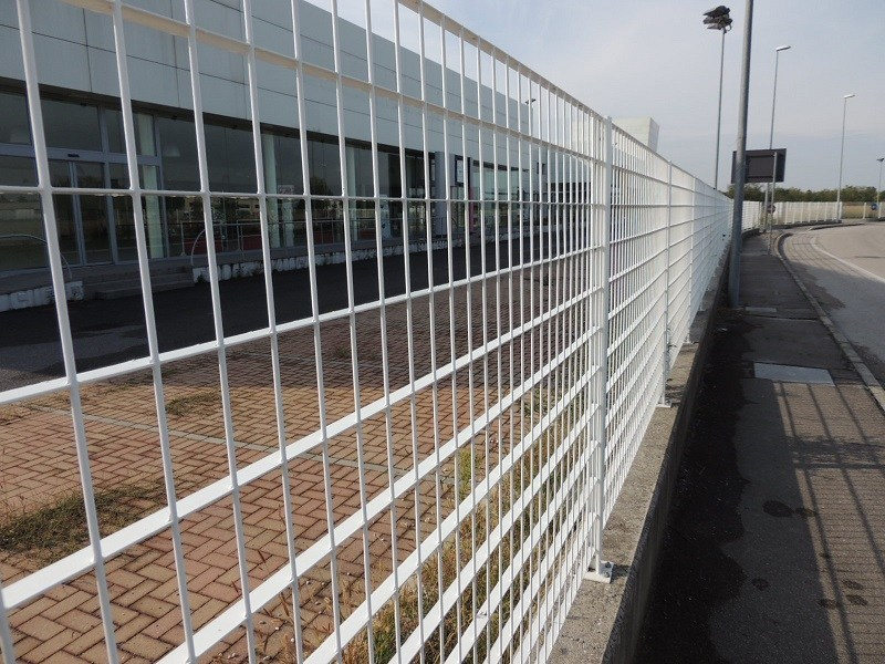 Grating fence MEROPE® by NUOVA DEFIM
