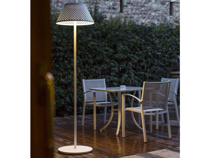Lampada da terra per esterno a LED in alluminio in stile moderno MESH XL | Lampada da terra per esterno by Platek