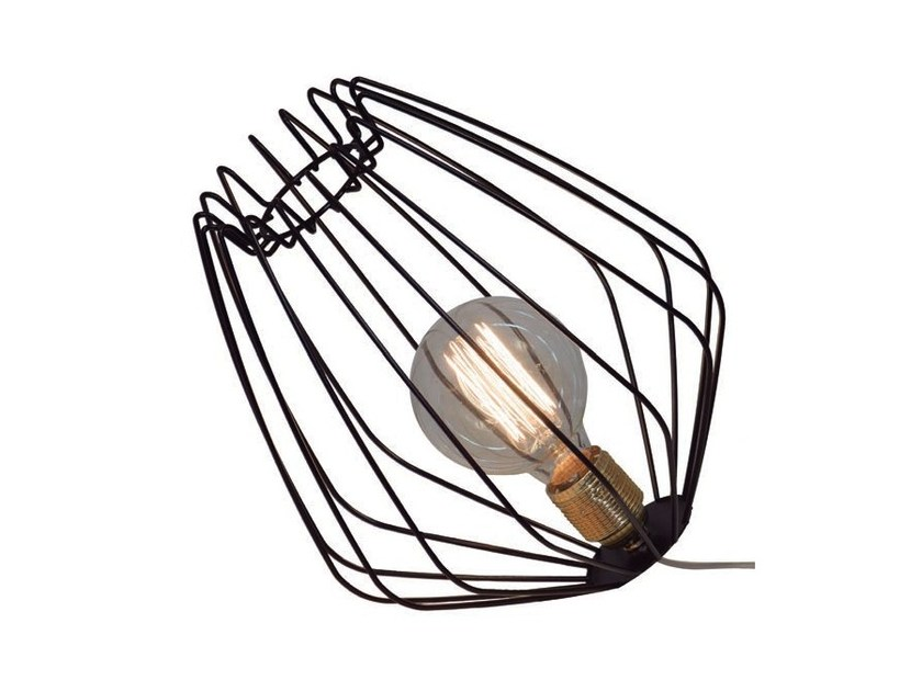 Direct light metal table lamp METIL by Aromas del Campo