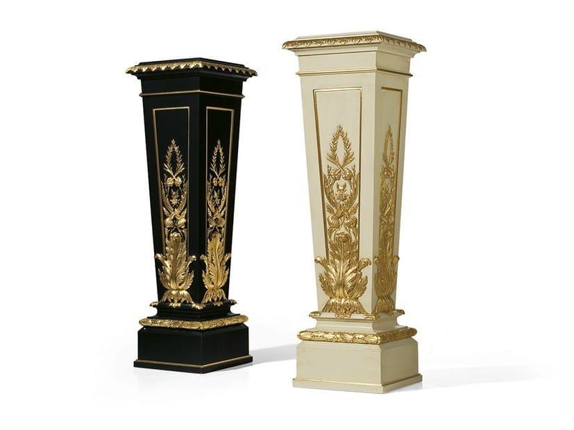 Louis XVI wooden pedestal MG 4089 by OAK