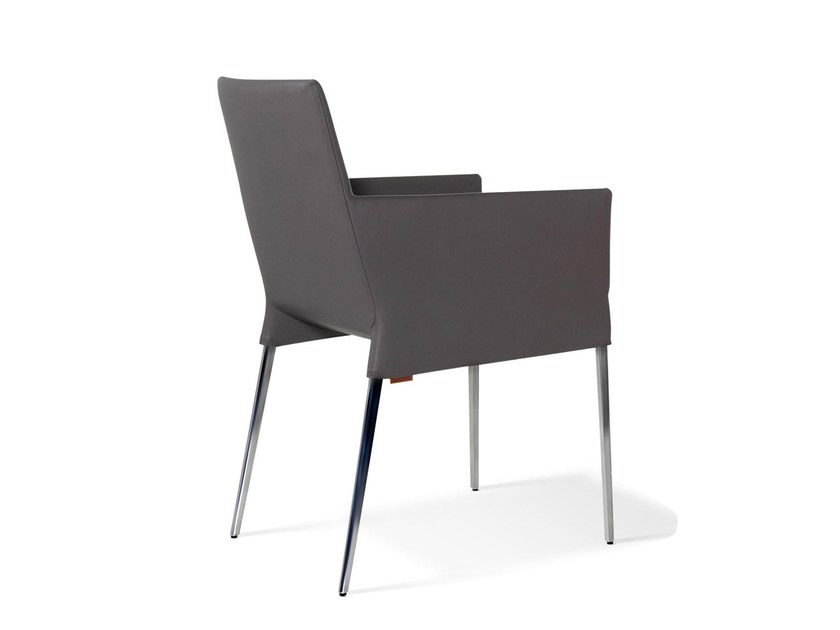Mila Chair With Armrests By Montis Design Niels Bendtsen