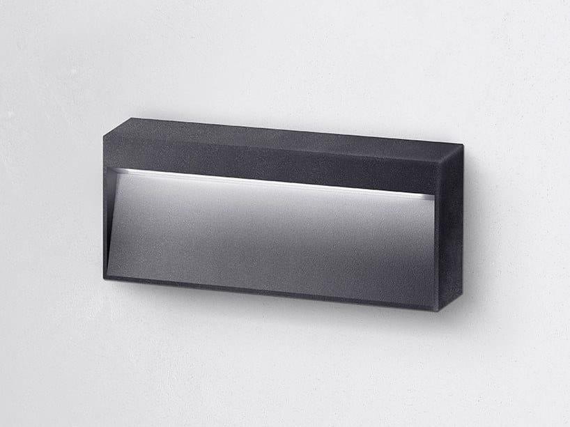 Segnapasso a LED a parete in alluminio verniciato a polvere per esterni MILA M by HER