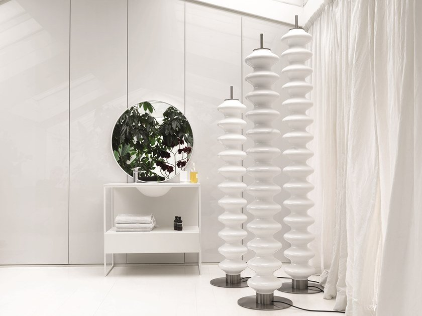 Electric floor-standing decorative radiator MILANO FREE-STANDING by Tubes Radiatori
