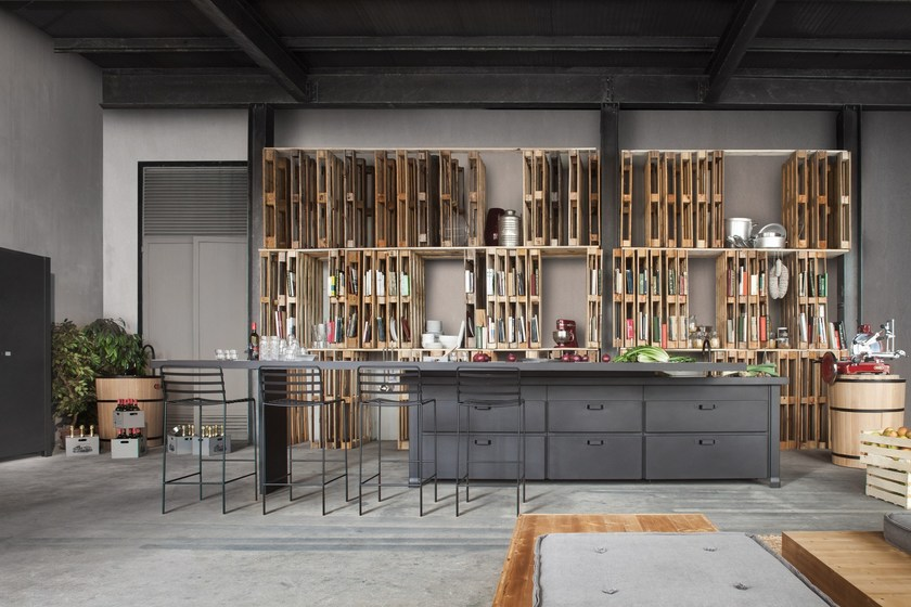Küche Aus Lavastein Mit Kücheninsel MINÀ | Küche By Minacciolo