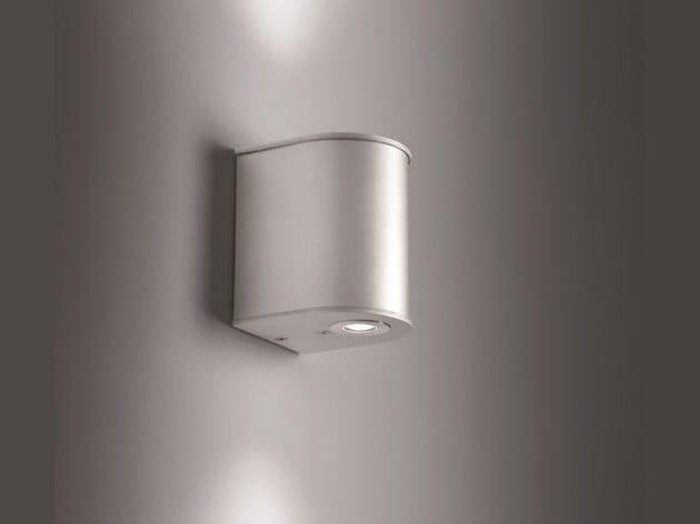 Applique per esterno a led a luce diretta e indiretta mini astro 2