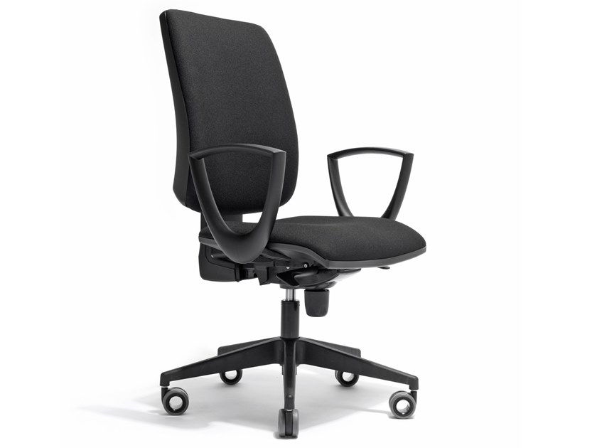 Task chair with 5-Spoke base with armrests MISSOURI by AP Factor
