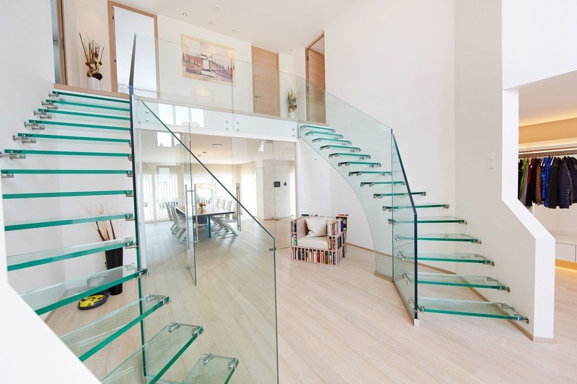 Stairs Treppen mistral glass cantilevered staircase by siller treppen