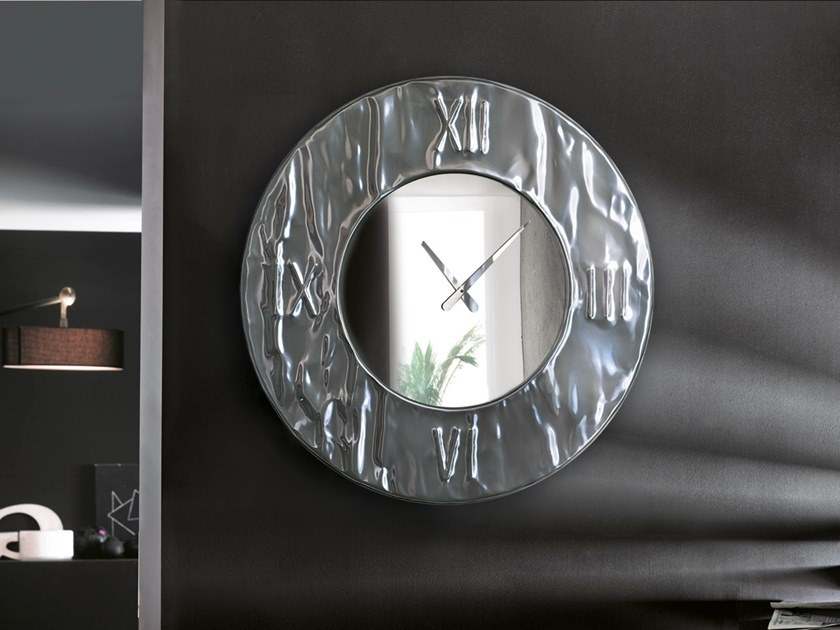 Wall-mounted aluminium clock MITO | Clock by RIFLESSI