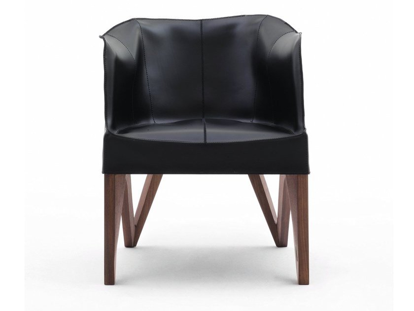 Leather easy chair with armrests MOBIUS | Easy chair by GIORGETTI