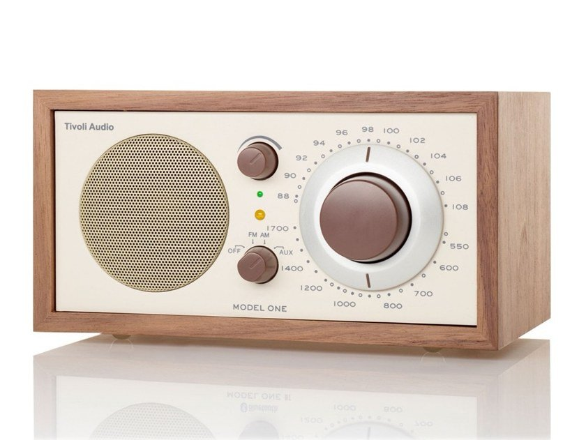 Radio in legno MODEL ONE by Tivoli Audio