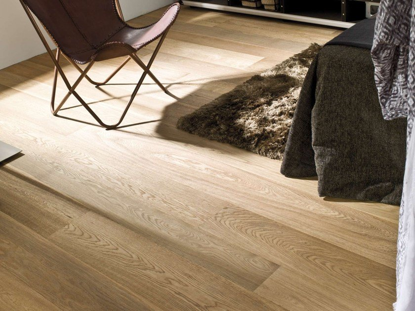 Wooden flooring MODERN by L'antic Colonial