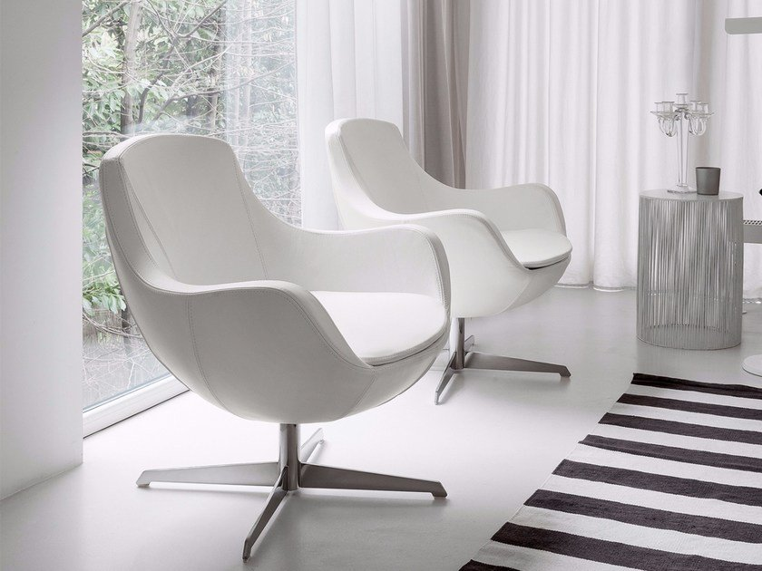 Leather easy chair with removable cover with 4-spoke base MOLLY by Dall'Agnese